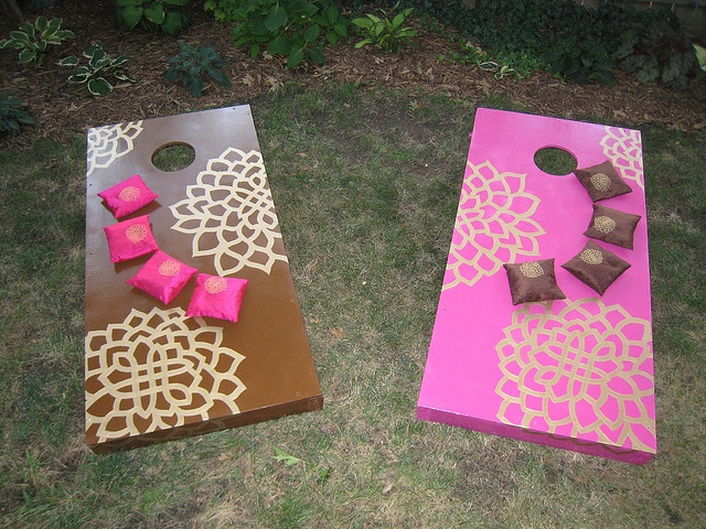 Cornhole Design Ideas finishing cornhole boards Diy Crocheted Heart Cake Toppers