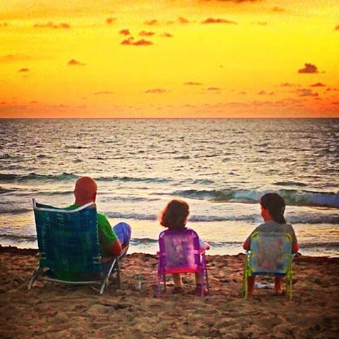 Family Time - courtesy of www.facebook.com/FortLauderdaleSeasidePhotography