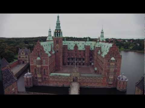 ENGLISH SPEAK: The Museum of National History at Frederiksborg Castle, Denmark