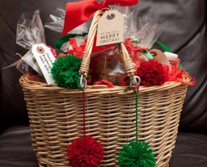 Como fazer um cabaz de Natal económico para oferecer   Saber Poupar