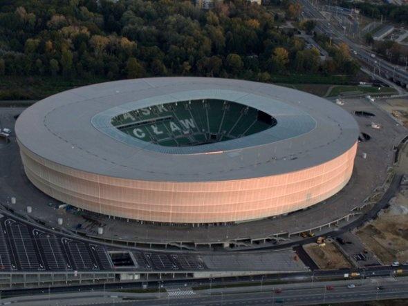 Estadio Municipal en Wroclaw, Polonia (40,000 asientos, Inaugurado en 2011)