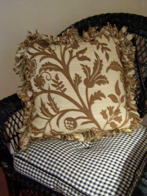 No sew pillows & 130 best Pillows ... NO sew ! images on Pinterest | No sew pillows ... pillowsntoast.com