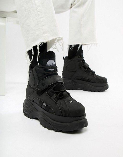 85f9ccc08 Buffalo Classic hi top chunky sole sneakers in black in 2019 ...