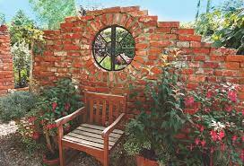 Znalezione obrazy dla zapytania ściana z cegły w ogrodzie