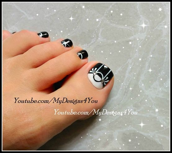 Foot Nail Art Design: 145 Best Images About Pedicure Toenail Art On Pinterest