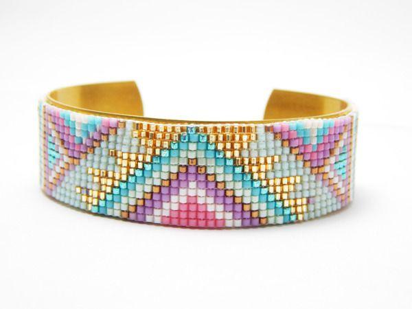 Sur commande °Bracelet manchette en perles miyuki et bracelet laiton ° motif indien ° rose violet bleu or : Bracelet par lufiole