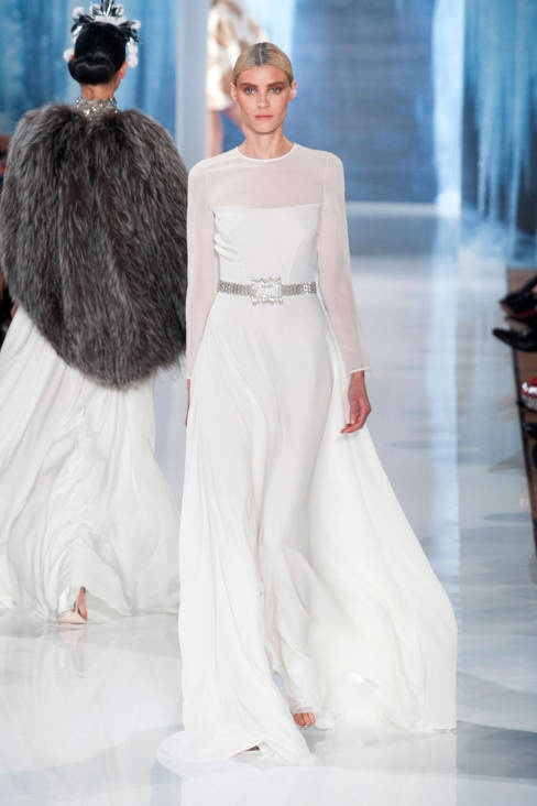 Divine white at Valentin Yudashkin Fall 2013 #runway #fashionweek