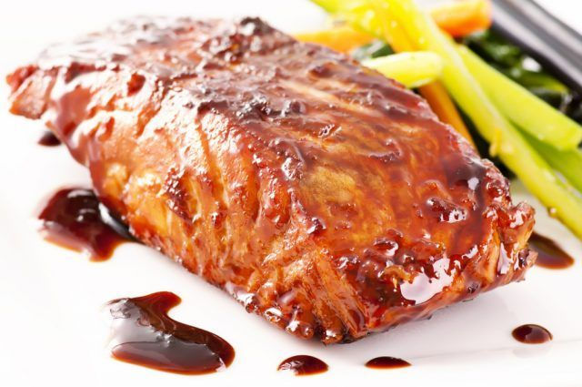 Salmón al horno con salsa de soja ¡Tienes que probarlo! #SalmonAlHorno #SalmonAlHornoConSalsaDeSoja #RecetasDeSalmon #RecetasDePescado #RecetasDePescadoFaciles #RecetasSaludables #RecetasLigeras