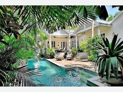 Key West courtyard