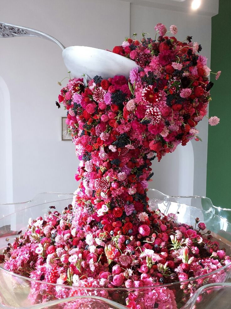 Appetite in flowers; at Fleuramour 2014