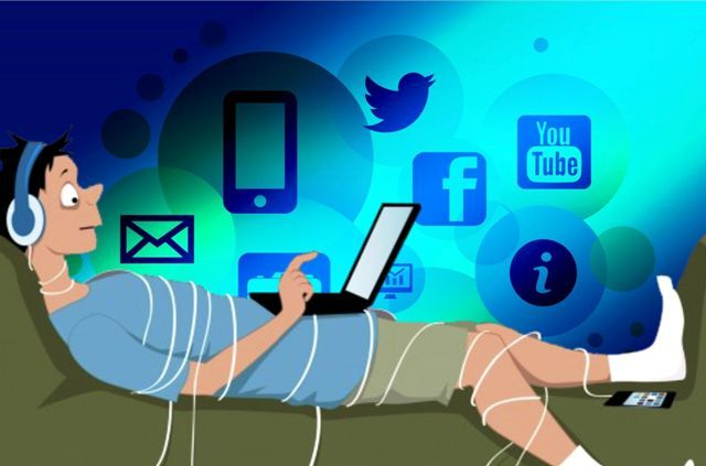 Yuk ketahui bahwa kecanduan internet bisa mengakibatkan masalah kesehatan mental. Tulisan ini adalah hasil survey dari universitas McMaster Kanada.