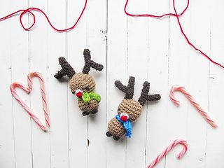 Make a little Rudolph amigurumi; you can hang it on your tree, use it as a decoration or use it as a gift topper!:) I really loved making this cute little fella, the pattern is really easy and you will have a bunch of these ready in no time!