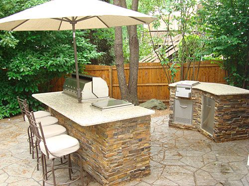 78 best ideas about small outdoor kitchens on pinterest for Small backyard outdoor kitchen