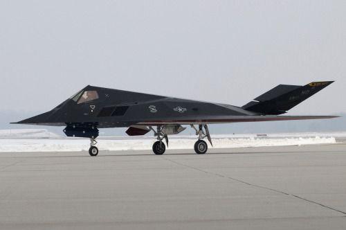 rocketumbl: F-117