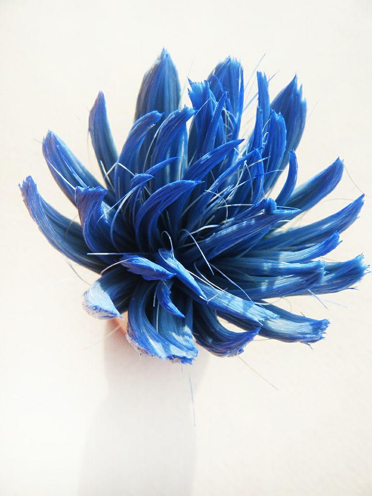 Fernando Adriao BLUE FLOWER PIN