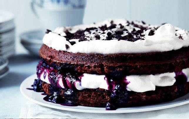 Lagkage er den perfekte dessert. Her får du 10 lækre opskrifter på lagkager, som smager himmelsk.