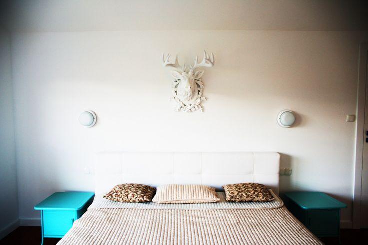 Jasna sypialnia, dekoracje do sypialni, pomysły na sypialnię. Zobacz więcej na: https://www.homify.pl/katalogi-inspiracji/32857/homify-360-niebanalny-dom-pod-wroclawiem