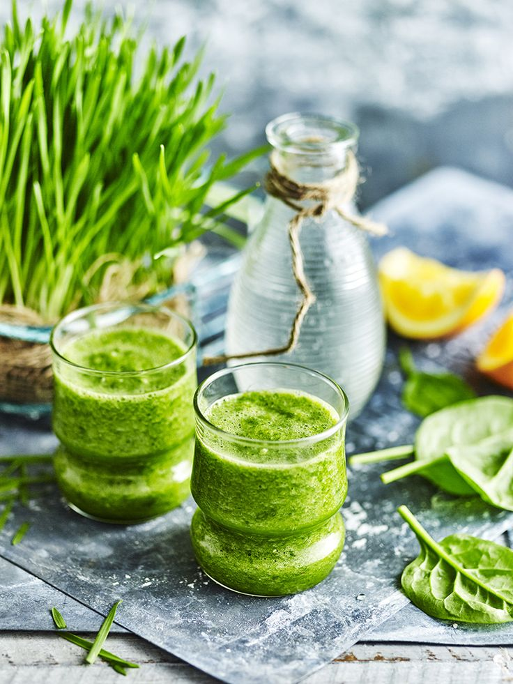 james moffatt photography Green healthy shot #juices #ice #colddrinks #smoothies #drinks #refreshing #healthy #health #food #editorial