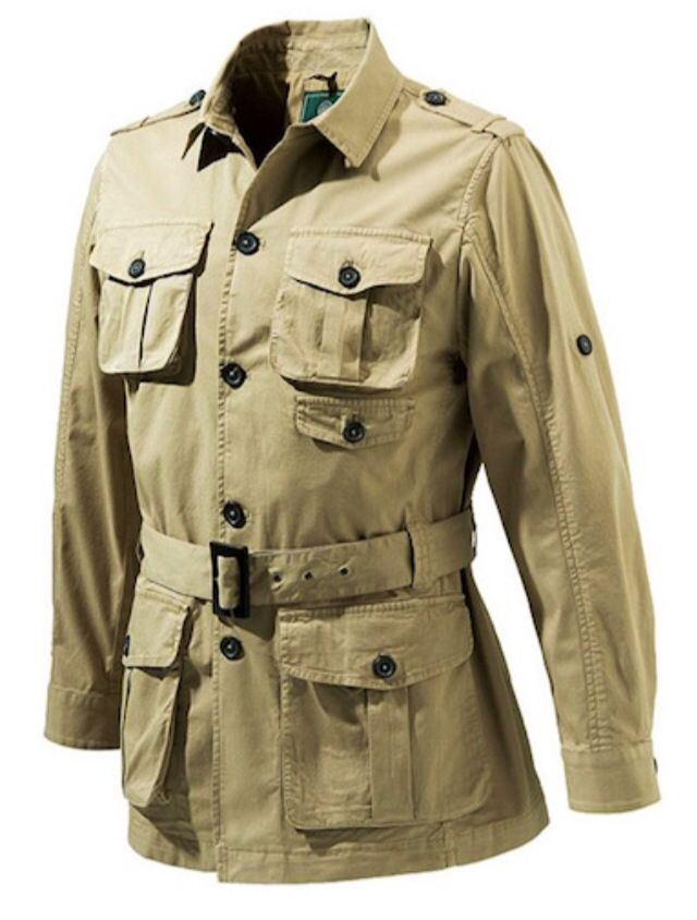 Класическо бежово памучно яке стил сафари / Classic tan cotton safari jacket. All the traditional features well executed.