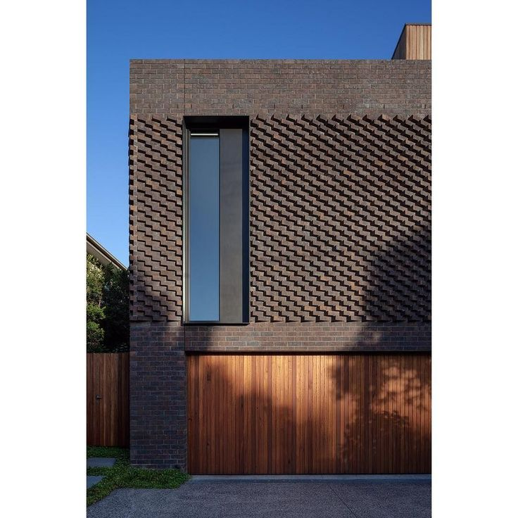 Intricate brick work on front facade of North Balwyn home, designed by matyas architects, photo by Tatjana Plitt