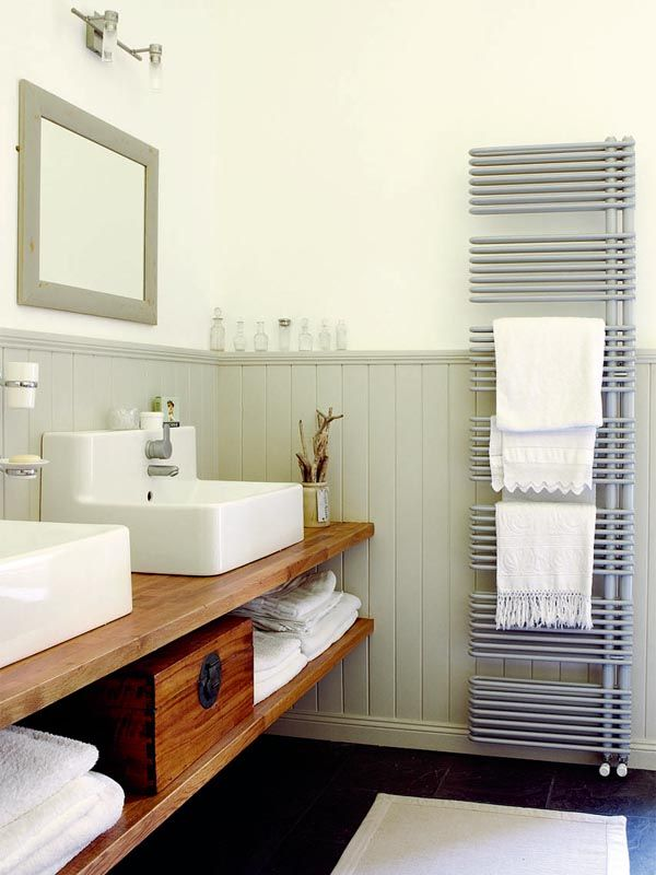 Euro radiator doubles as towel warmer...I think I died and went to heaven looking at this site!!!!