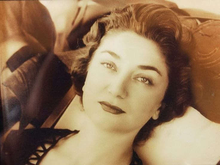 Princess Mihrimah Sultran born 01.11.1922 in Istanbul. Her Father was the Ottoman Prince Sehzade Mehmet Ziyaedd