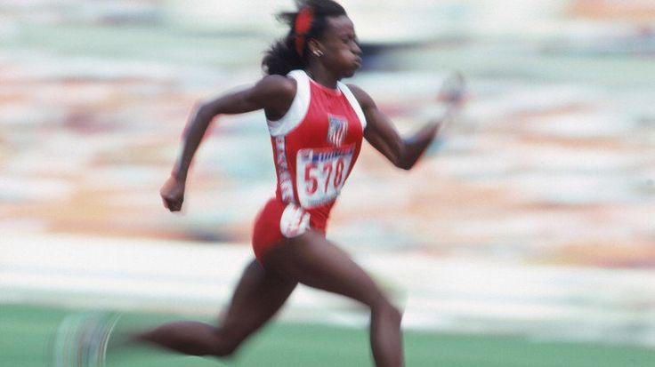 Jackie Joyner-Kersee, nascida em 1962, é ainda hoje detentora de diversos recordes no atletismo, como no heptatlo desde 1986. Foi considerada a maior atleta feminina do século XX, tendo ganhado três medalhas de ouro, uma de prata e duas de bronze nas Olimpíadas de 1984, 1988, 1992 9http://www.geledes.org.br