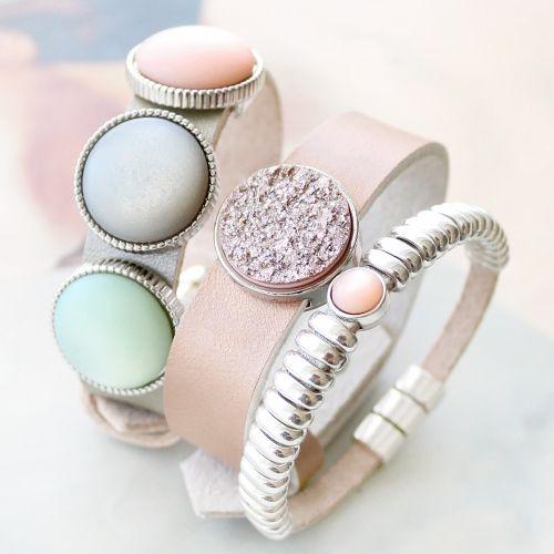 Stijlvolle sieraden met onder andere Polaris Elements cabochons en Cuoio armbanden!