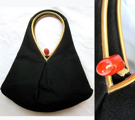 1940s Black Purse with Bakelite Clasp