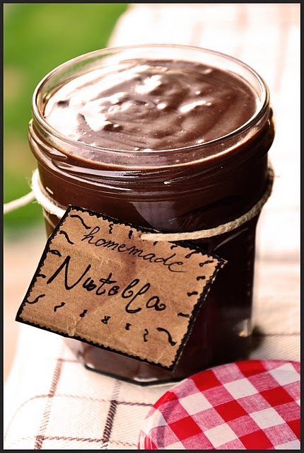 Homemade Nutella makes 3 jars 200 g Hazelnuts 1 can Condensed Milk
