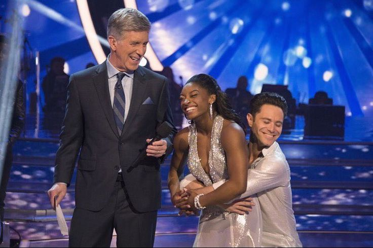 'Dancing with the Stars' recap: Simone Biles edges out Rashad Jennings for first place on judges' leaderboard Dancing with the Stars' 24th season got off to a great start for Simone Biles and Rashad Jennings who landed at the top of the judges' leaderboard during Monday night's premiere broadcast on ABC. #DWTS