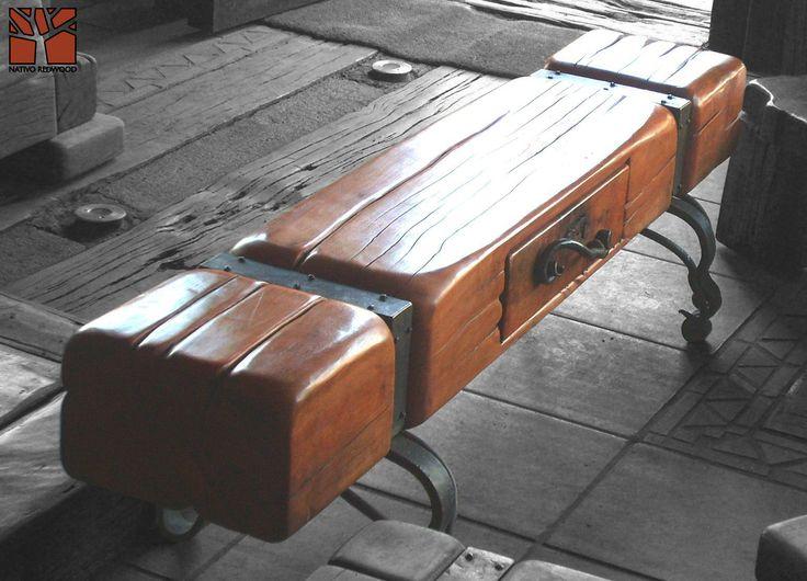 """Nativo Redwood. Arrimo de madera bajo modelo """"Blockwood"""" de madero de una sola pieza de roble rústico con base y flejes de fierro forjado y cajon central de fierro forjado. Dimensiones: 0.30x1.70x0.45  www.nativoredwood.com www.facebook.com/nativoredwood"""