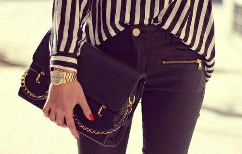Z nutą elegancji!  #watch #watches #winter  #dlaniej #dlaniego #butikiswiss #fashion #ootd