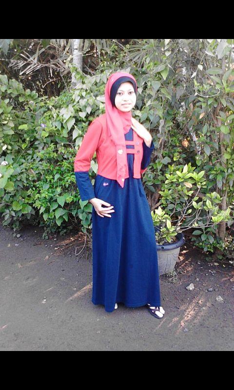 "Foto-foto Ayla. #Indonesia. Peserta Lomba Foto Mutif 2015 Kategori ""Mutif Fotogenic Contest"" #MutifFotogenicContest #BusanaMuslim #Fashion #FashionMuslim #ModelMutif #FotoModel #MuslimInspiratif #LombaFoto #MuslimahIndonesia"