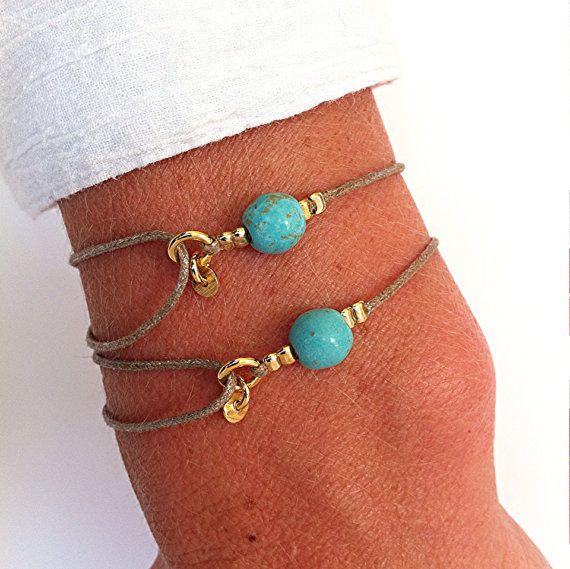 Set de 2 pulseras de amistad de piedra por MirellaHammerJewelry