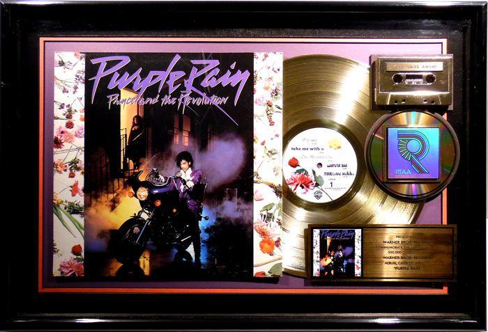 Catawiki online auction house: Prince - Purple Rain - US RIAA Golden Costum Music Award goldene Schallplatte - original Sales Music Record Award ( Golden Record )