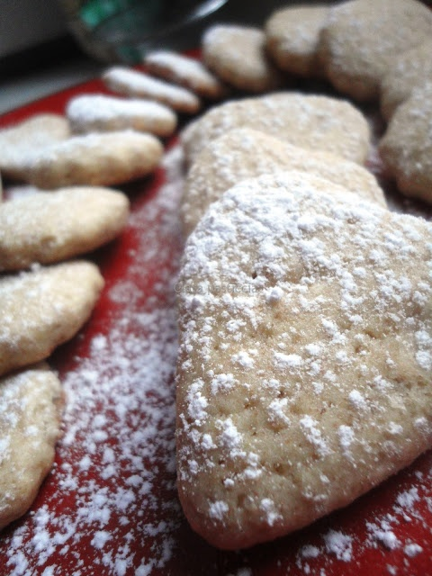 Biscottini al farro senza uova e senza burro | Recipes to try ...