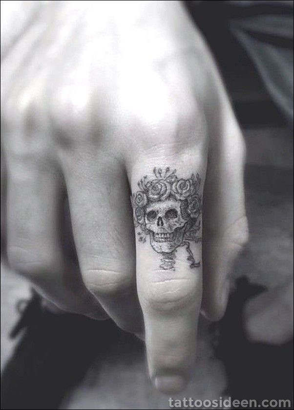 45 cute finger tattoo ideas and designs