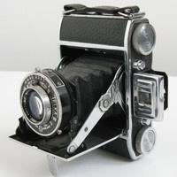 Demaria Telka II 120 Folding Film Camera w/ Anistigmat Manar 3.5 75mm  Lens, France