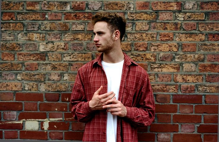 Tom Misch has announced his first headline show at Bussey Building on 18th May, support acts will be Carmody and Bearcubs – both featured artists on Tom's recently released Beat Tape 2. Bussey Building is at the heart of Peckham and just a stone's throw from where Tom has grown up. Tickets will be available Friday 18th March Beat Tape 2will be available on vinyl from 25th March. This will be the first time Tom has ever released his music on vinyl, Beat Tape 2 was #1 Amazon Hot New Releases.