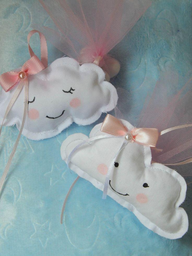 Μπομπονιέρες βάπτισης - Χειροποίητα υφασμάτινα συννεφάκια.