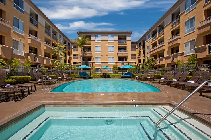 Discover City Lights in Aliso Viejo -- South Orange County's most happening rental lifestyle community.