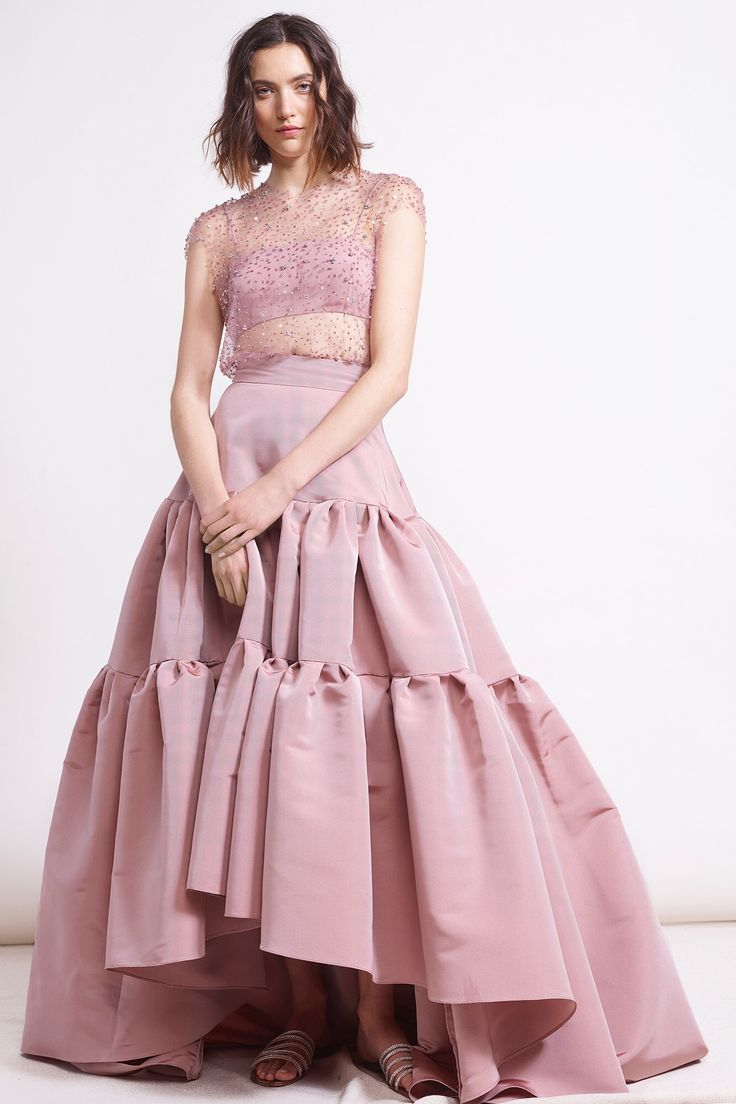 Reem Acra Pre-Fall 2018 Fashion Show Collection
