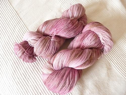 Album di woollisa   100%merino wool  sock 100g/400m  shades of pink and brown