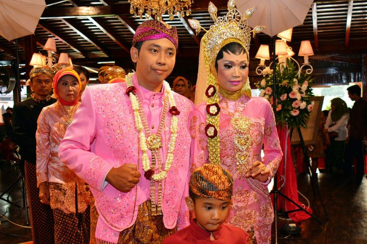 Javanese traditional wedding Photo by Sis Jimbo -- National Geographic Your Shot.  This is a traditional Javanese wedding, from Surakarta, Central Java-Indonesia
