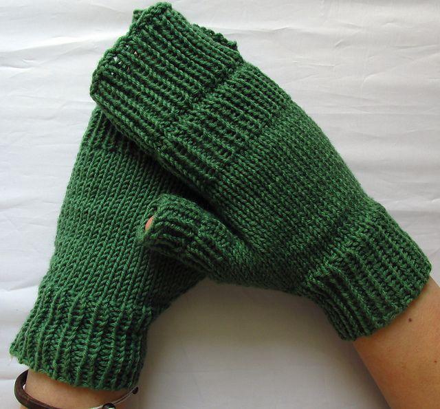 Ravelry: In case it gets colder pattern by aprilegirl