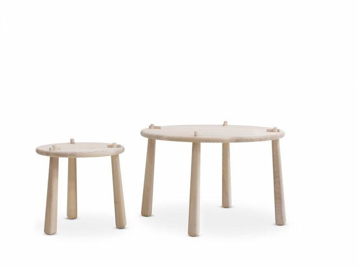 """Bord S-Wood lågt med fyra ben i vitlojad ask från Ire. Emma Olbers ritade soffbordet S-wood i projektet """"Stockholm Wood"""" som hade utställning under Stockholm Furniture Fair 2012."""