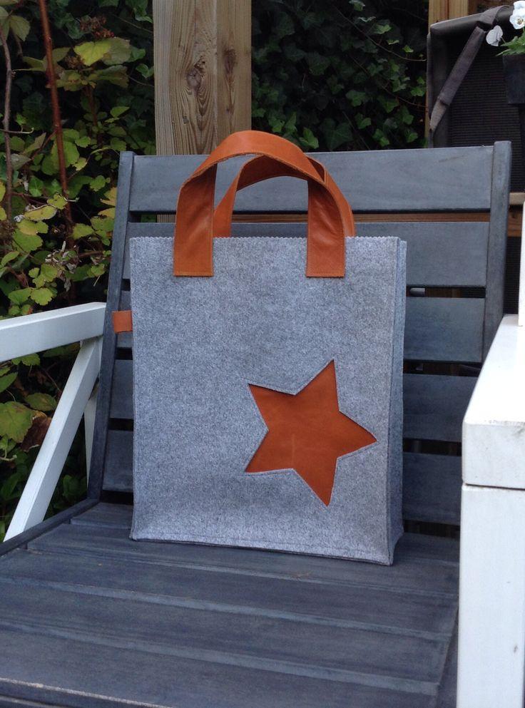 Vilten tas met leer/ felt bag with leather