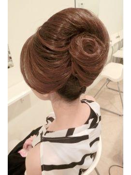 結婚式の髪型(ヘアアレンジ) 夜会巻き