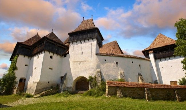 Photos of the atmospheric unspoilt Saxon medieval fortified churches of Romania. UNESCO world Heritage Sites photographed by Paul Williams to download on line